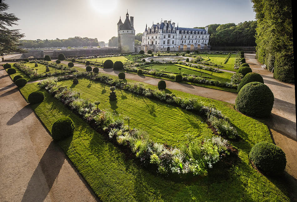 Chenonceau: The French chateau fit for an Italian queen